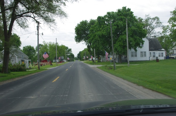 Linneus, MO dressing up for Memorial Weekend and Day.